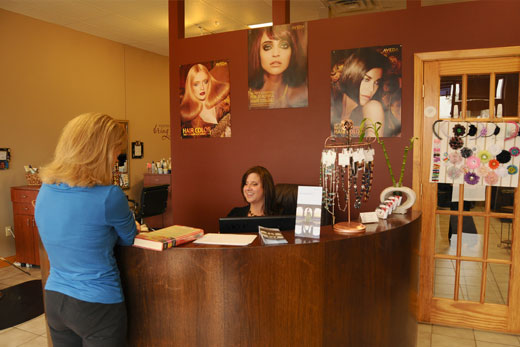 Jeannas Salon - Front Desk